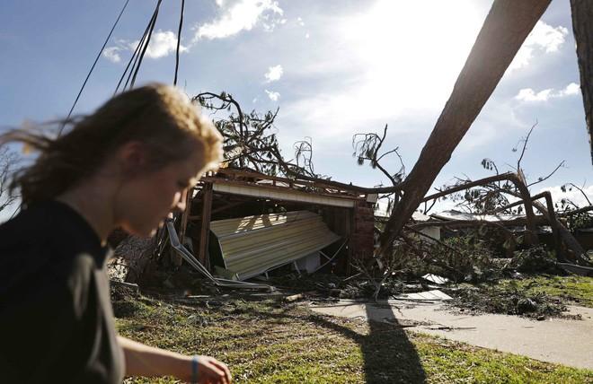 Ảnh, video: Siêu bão Michael tàn phá bờ nam nước Mỹ - Ảnh 7.