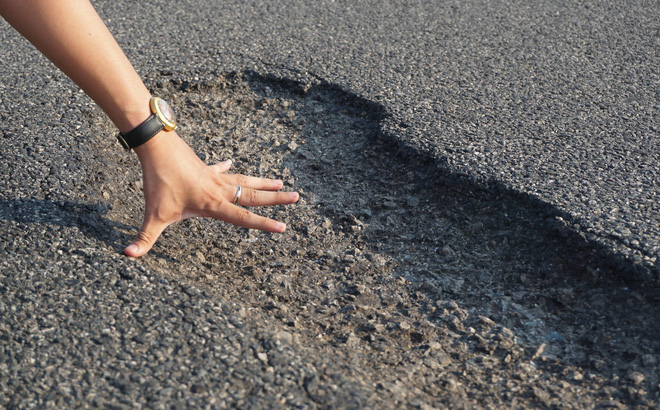 Cao tốc 34 nghìn tỷ hư hỏng: Nhà thầu nào thi công?