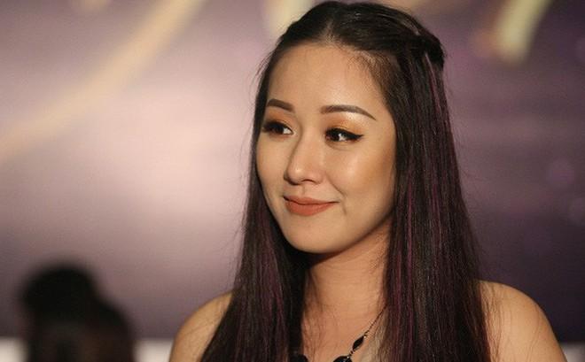Hoa hậu Ngô Phương Lan bị chèn dây thần kinh, nằm liệt giường 3 ngày trong cơn đau triền miên