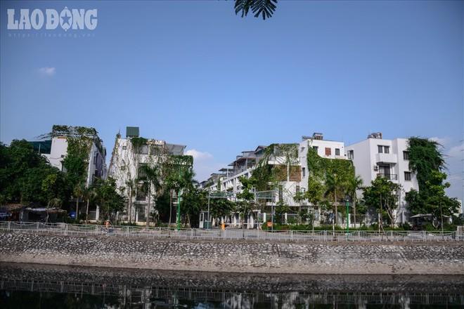 Bên trong khu biệt thự hiện đại nhất Thủ đô thiếu nợ hơn 300 tỉ bị Cục thuế bêu tên - Ảnh 1.