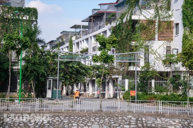 Bên trong khu biệt thự hiện đại nhất Thủ đô thiếu nợ hơn 300 tỉ bị Cục thuế bêu tên - Ảnh 2.