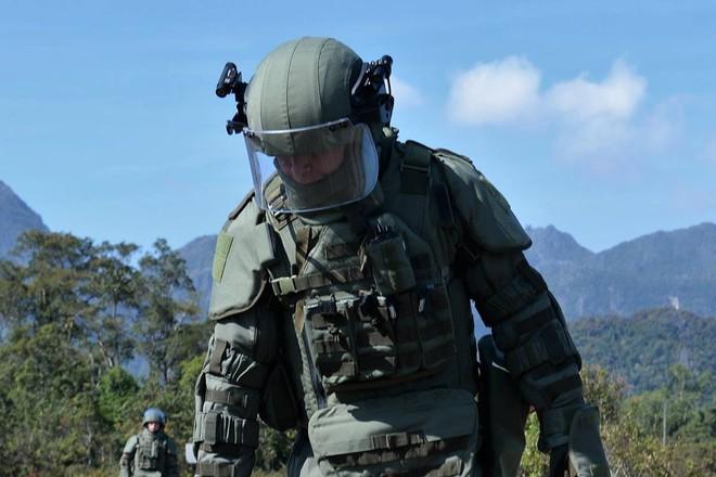 Trang bị hiện đại của lính công binh Nga đang hoạt động tại Lào - Ảnh 9.