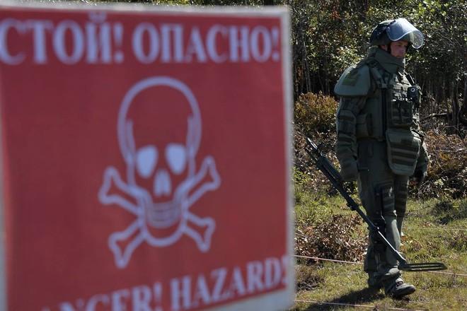 Trang bị hiện đại của lính công binh Nga đang hoạt động tại Lào - Ảnh 10.
