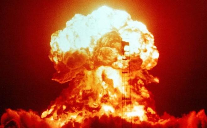 TT Putin: Kẻ nào tấn công hạt nhân Nga, kẻ đó sẽ phải chết không kịp hối hận!