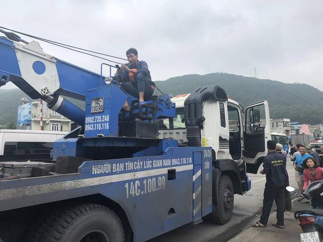 4 ô tô đâm liên hoàn ở Quảng Ninh khiến 4 người thương vong - Ảnh 6.