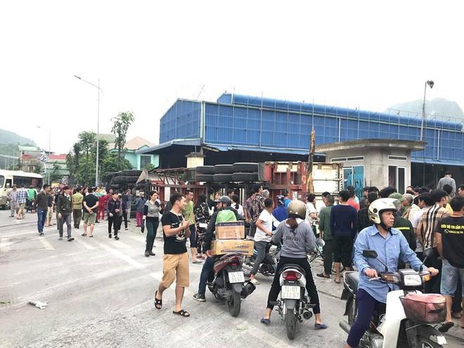 4 ô tô đâm liên hoàn ở Quảng Ninh khiến 4 người thương vong - Ảnh 5.