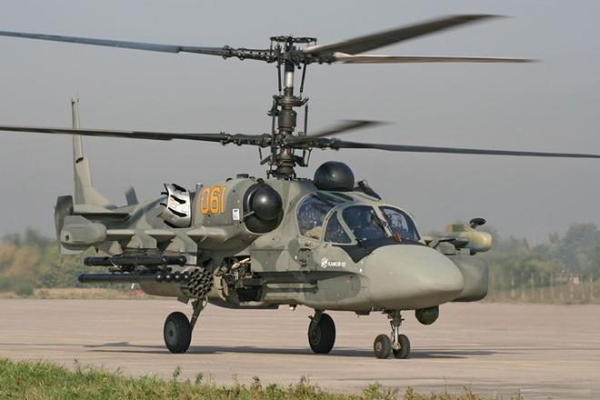 """Cận cảnh trực thăng """"cá sấu"""" Kamov Ka-52 rất lợi hại của quân đội Nga - Ảnh 5."""