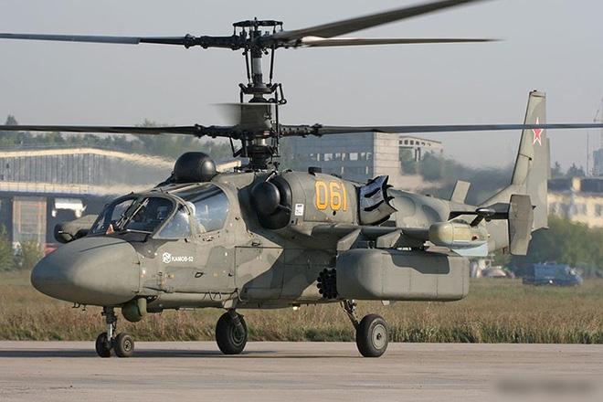 """Cận cảnh trực thăng """"cá sấu"""" Kamov Ka-52 rất lợi hại của quân đội Nga - Ảnh 6."""