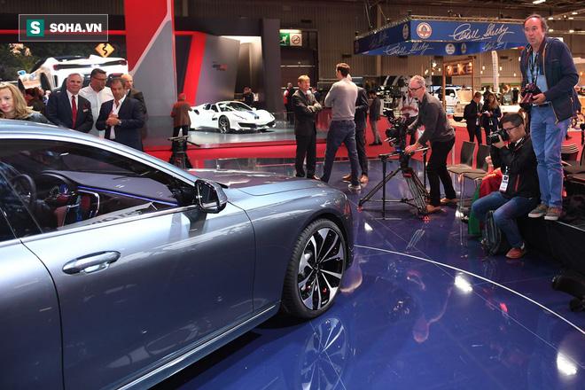 Nhìn loạt ảnh để thấy xe VinFast được truyền thông thế giới quan tâm đến mức nào - Ảnh 6.