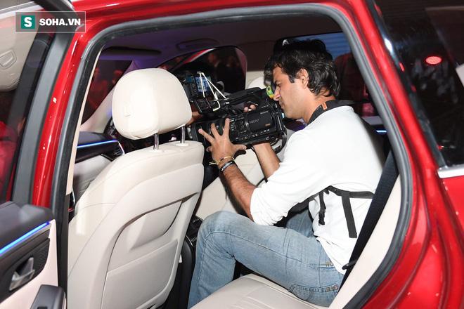 Nhìn loạt ảnh để thấy xe VinFast được truyền thông thế giới quan tâm đến mức nào - Ảnh 11.