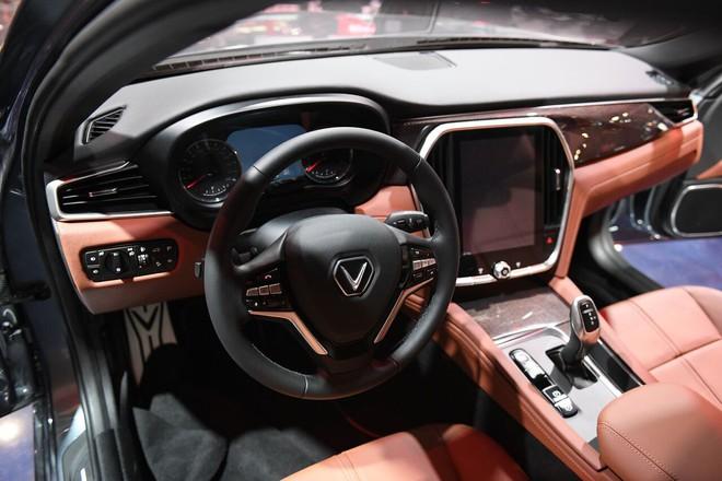 VinFast lộ nội thất xe sang chảnh trong Paris Motor Show - Ảnh 1.
