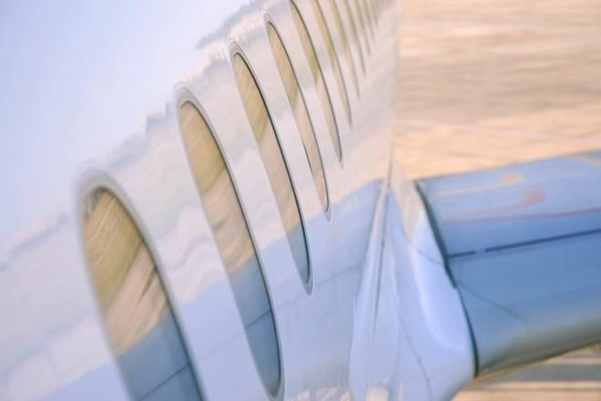 Lý do kỳ lạ khiến cửa sổ trên máy bay luôn luôn hình tròn - Ảnh 1.
