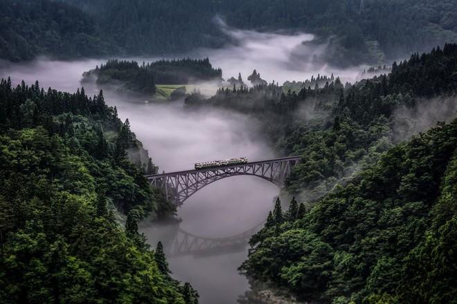 Tadami Line: Chuyến tàu hỏa nhỏ xinh nhất Nhật Bản, đi qua 4 mùa là 4 khung trời khác nhau - Ảnh 5.