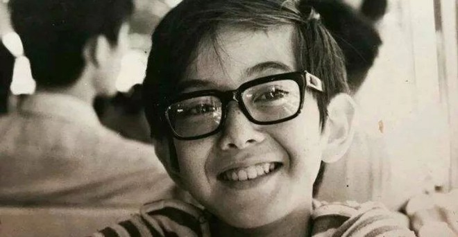Tài tử Diệp Vấn: Tuổi thơ cơ cực vì cha ruồng bỏ, đóng phim nóng để vượt mặc cảm - ảnh 2