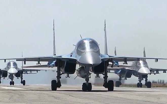 Nga xây dựng hàng loạt nhà chứa máy bay ở căn cứ Hmeimim, Syria: Sắp có biến lớn?