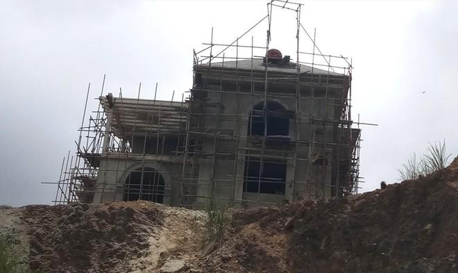 Cận cảnh biệt thự khủng xây trái phép của Công ty ximăng Công Thanh - Ảnh 6.
