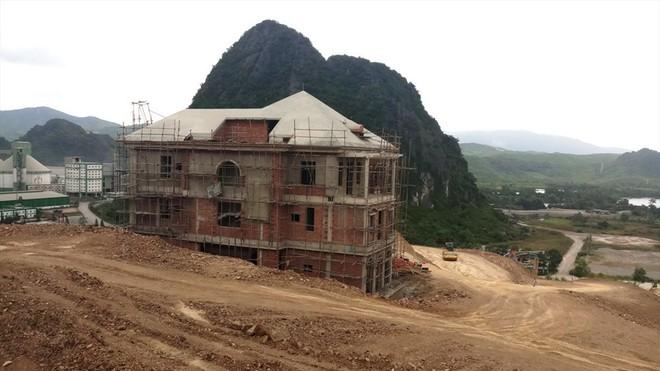 Cận cảnh biệt thự khủng xây trái phép của Công ty ximăng Công Thanh - Ảnh 9.