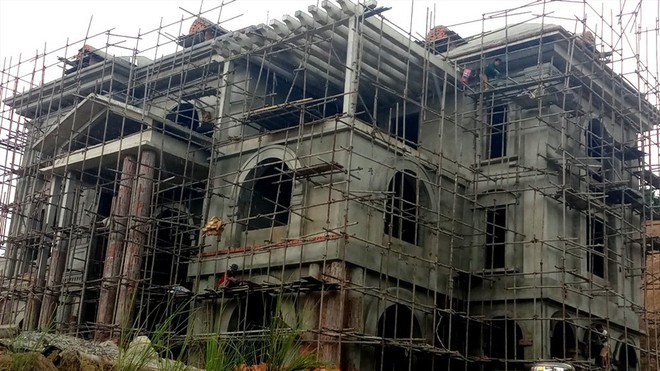Cận cảnh biệt thự khủng xây trái phép của Công ty ximăng Công Thanh - Ảnh 10.