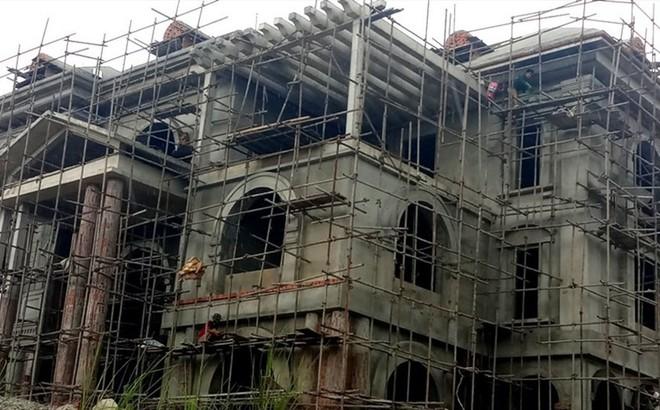 """Cận cảnh biệt thự """"khủng"""" xây trái phép của Công ty ximăng Công Thanh"""