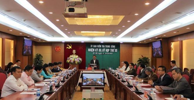 Yêu cầu kỷ luật Ban thường vụ đảng ủy Tổng cục Cảnh sát và 5 vị tướng công an - Ảnh 1.