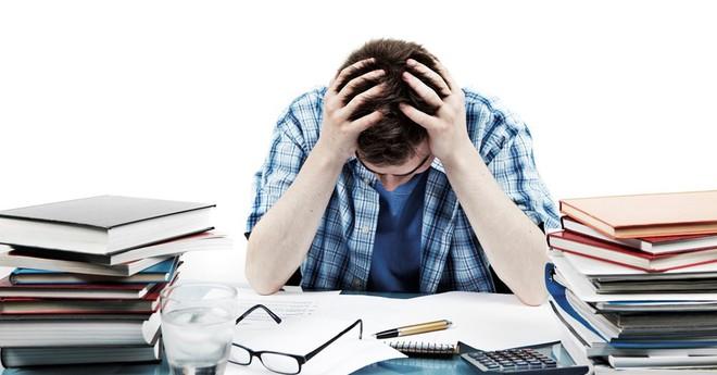 Stress mức độ nào thì nguy hiểm, phải đi khám ngay: Giáo sư đầu ngành tâm thần khuyến cáo - Ảnh 1.