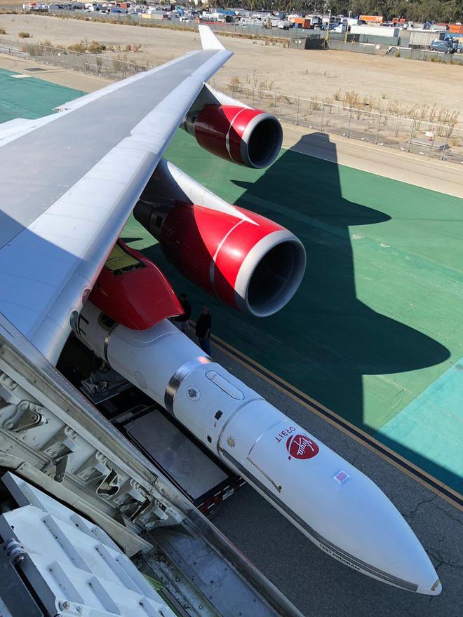 Choáng trước tên lửa phóng vệ tinh từ trên không thế hệ mới của Mỹ - ảnh 3