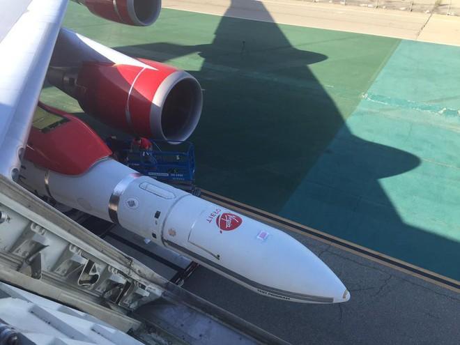 Choáng trước tên lửa phóng vệ tinh từ trên không thế hệ mới của Mỹ - ảnh 5