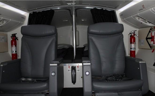 Hoá ra trên máy bay còn có những phòng ngủ bí mật cho phi hành đoàn mà không phải ai cũng biết - Ảnh 16.