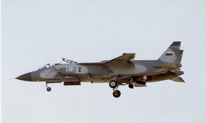 Mỹ lấy đi của Nga nhiều bí mật quân sự - vũ khí động trời - Ảnh 2.