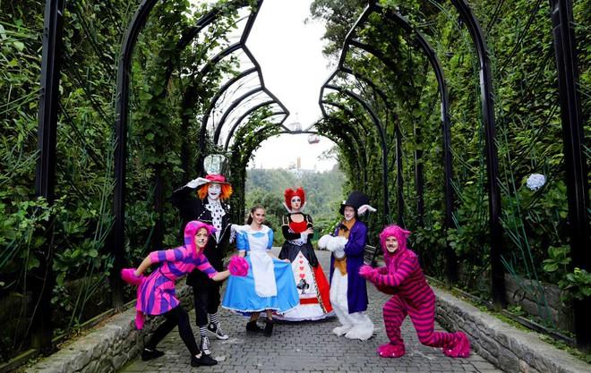 Lễ hội Halloween mùa thu trên đỉnh Bà Nà có gì đặc biệt? - Ảnh 3.
