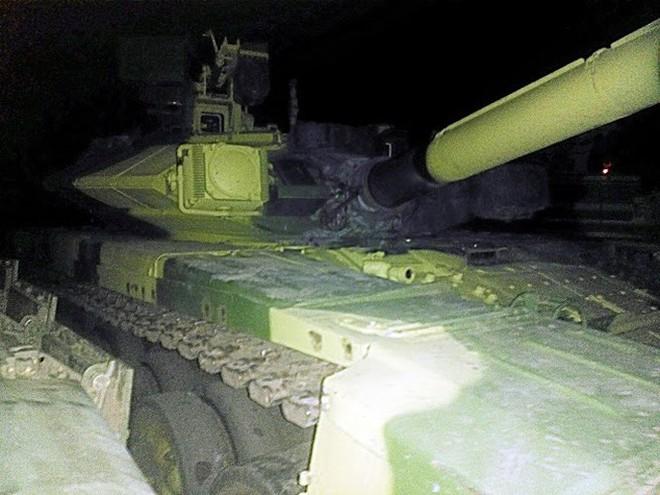 Những chiếc xe tăng T-90S Việt Nam đã xuất hiện trên thao trường Nga - Ảnh 2.