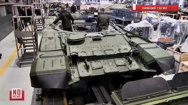 Những chiếc xe tăng T-90S Việt Nam đã xuất hiện trên thao trường Nga - Ảnh 6.