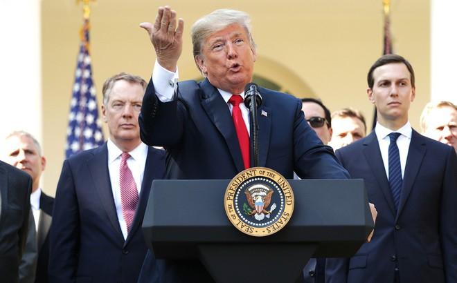 """Mỹ nhất quyết chặt đứt """"cầu nối lịch sử"""" 63 năm với Iran: Có tật mới hay giật mình!"""