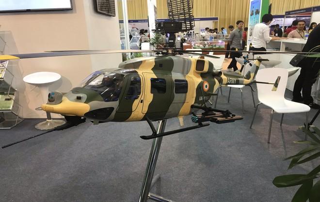 Ấn Độ muốn chào bán máy bay vận tải Do 228 và trực thăng Dhruv cho Việt Nam? - ảnh 3