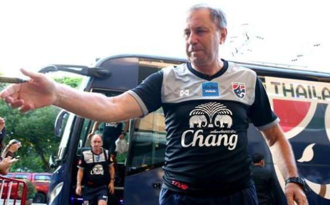 Ẩn ý của HLV tuyển Thái Lan khi gọi 3 siêu sao không dự AFF Cup về đá giao hữu