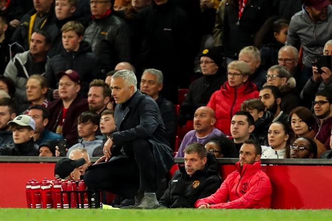 Ngược dòng thành công, Man United càng phải sa thải Mourinho ngay - Ảnh 1.