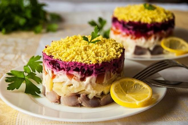Ảnh: 8 món ẩm thực kinh điển của người Nga - Ảnh 6.