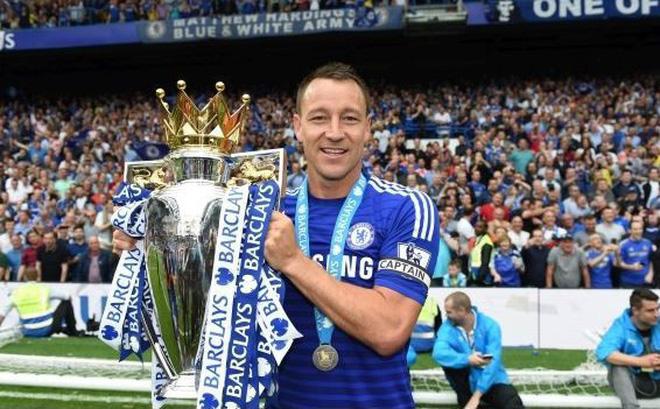 Huyền thoại Chelsea John Terry chính thức giải nghệ ở tuổi 37