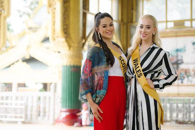 Nhan sắc xấu khó tin của các đối thủ Á hậu Việt Nam tại Hoa hậu Hòa bình Thế giới 2018 - Ảnh 3.