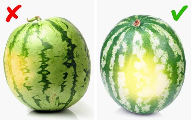 Các đầu bếp chuyên nghiệp thường chọn trái cây theo cách này, đảm bảo trái sẽ luôn thơm, ngon, tươi và giàu chất dinh dưỡng nhất - Ảnh 2.