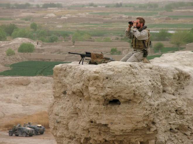 Afghanistan: 17 năm sa lầy của Mỹ và cuộc chiến không hồi kết qua bộ ảnh tư liệu quý - Ảnh 6.