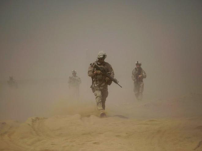 Afghanistan: 17 năm sa lầy của Mỹ và cuộc chiến không hồi kết qua bộ ảnh tư liệu quý - Ảnh 9.