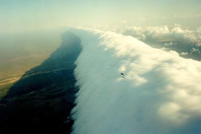 Những đám mây kỳ quặc có thể bạn không tin vào mắt mình (P2) - Ảnh 2.