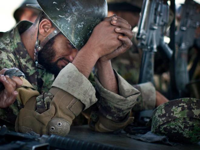 Afghanistan: 17 năm sa lầy của Mỹ và cuộc chiến không hồi kết qua bộ ảnh tư liệu quý - Ảnh 13.