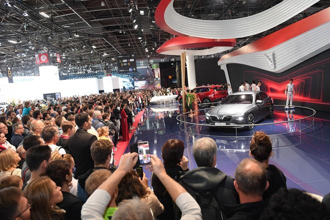 Du học sinh Việt Nam ở Pháp: Đến Paris Motor Show để thấy tự hào về VinFast - Ảnh 1.