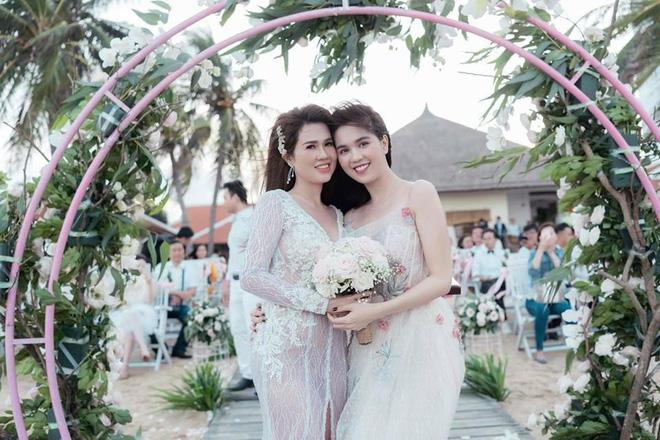 Sau đám cưới lãng mạn bên bờ biển, chị gái Ngọc Trinh khoe ảnh tình tứ, nói lời sến sẩm với ông xã kém tuổi - ảnh 6