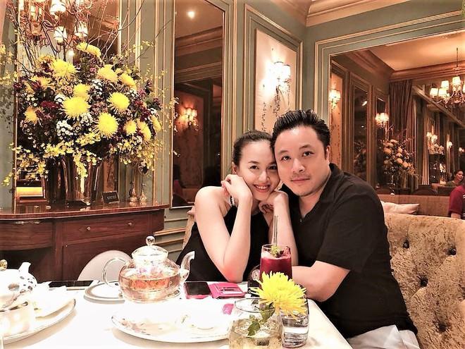 Vợ chồng Đinh Ngọc Diệp - Victor Vũ lần đầu khoe ảnh quý tử đầu lòng sau hơn 1 tuần sinh con - Ảnh 2.