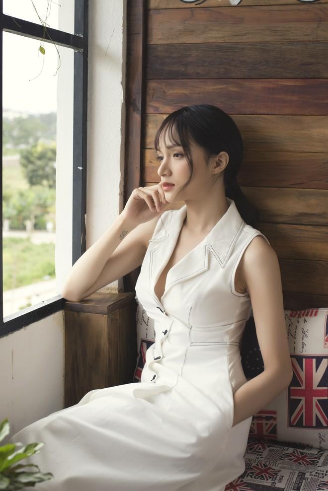 Hương Giang đi hát trở lại, mạnh dạn diễn vai đau khổ vì bị bạn thân cướp người yêu - Ảnh 2.