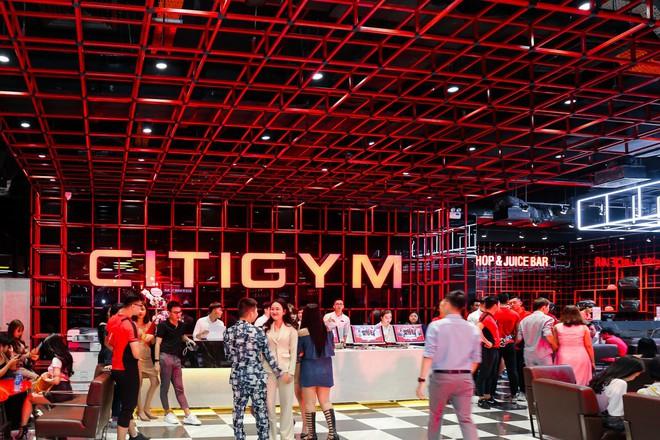 CitiGym chơi lớn tổ chức cả show thời trang trong lễ khai trương chi nhánh mới - Ảnh 1.