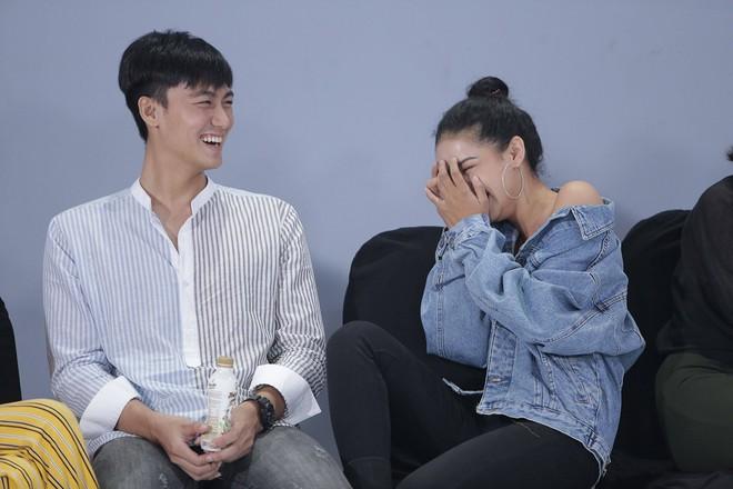 Thanh Hằng: Tôi hoang mang về thời gian coi Minh Hằng là chị em - Ảnh 1.